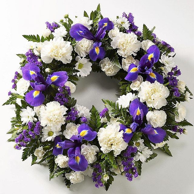 10 inch Blue and White Wreath