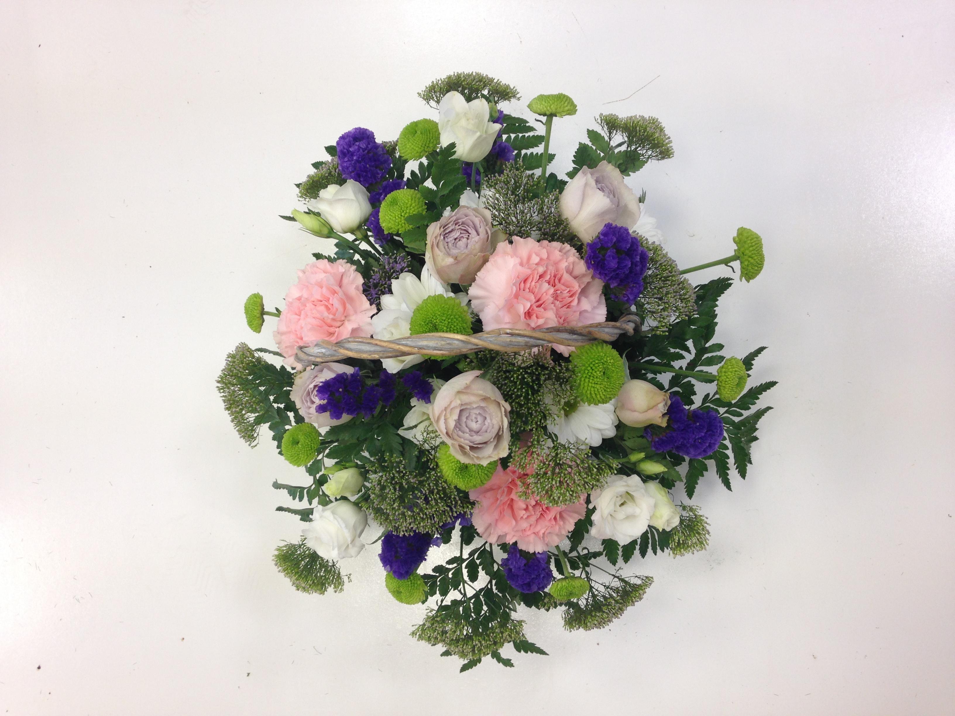 pastel pink basket make my day flowers. Black Bedroom Furniture Sets. Home Design Ideas