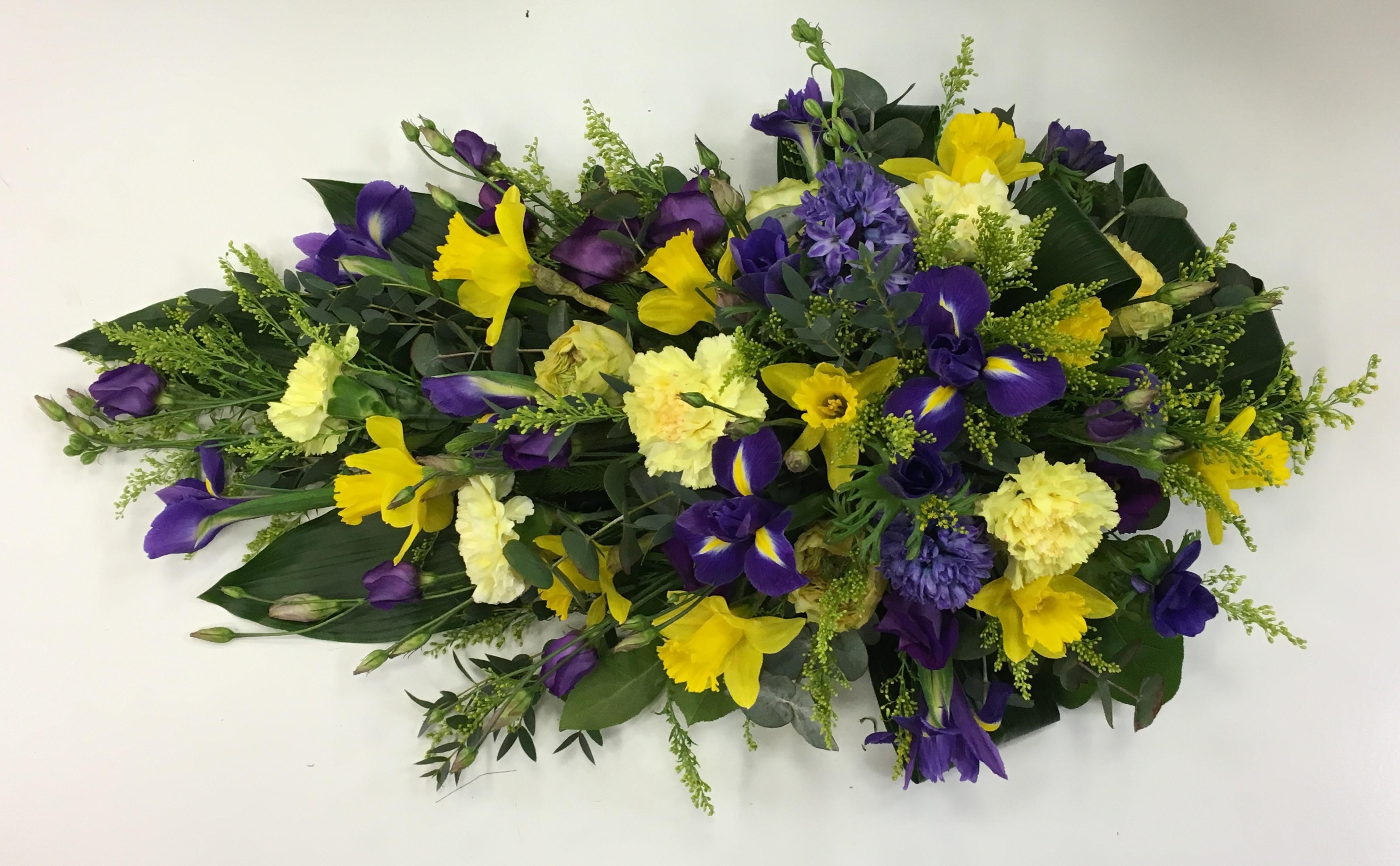 Yellow and blue iris spring oasis spray make my day flowers izmirmasajfo